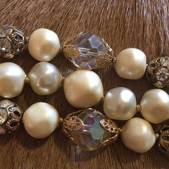 Jewelry - Bracelet, pearl and crystal style